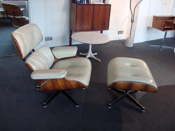 lounge chair et ottoman charles eames occasion trois coques en contreplaqu moul plaqu de. Black Bedroom Furniture Sets. Home Design Ideas