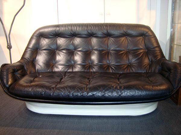 Canap airborne occasion canap en cuir noir coque en fibre de verre laqu e - Mobilier design d occasion ...