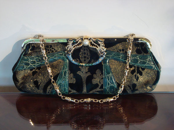 Pochette Dragon Gucci   A94329