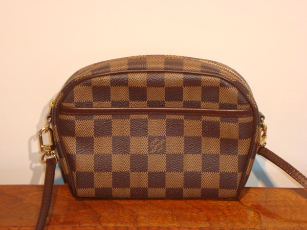 pochette louis vuitton occasion 503b50ec466