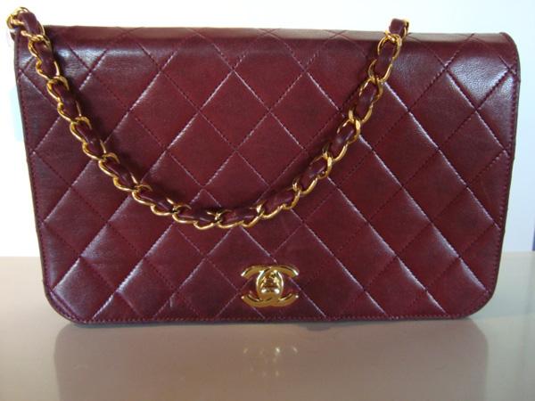 Chanel Sac Chanel vintage bordeau occasion, en vente Ile Saint Louis - Paris 6bc7d0956b9