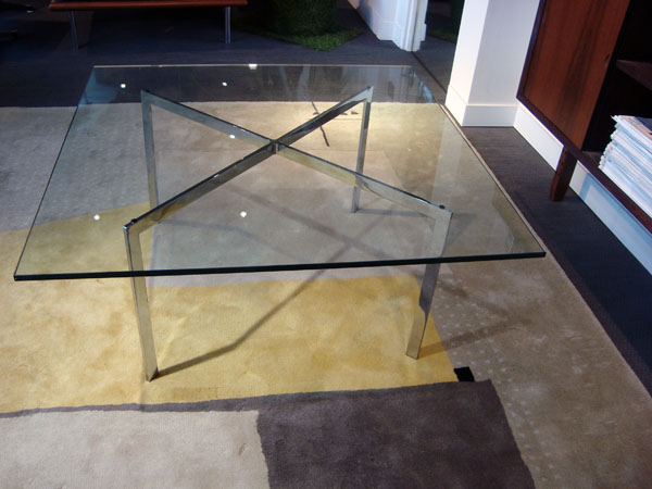Mies Van Der Rohe   Table basse Barcelona knoll occasion, en vente Ile Saint Louis - Paris