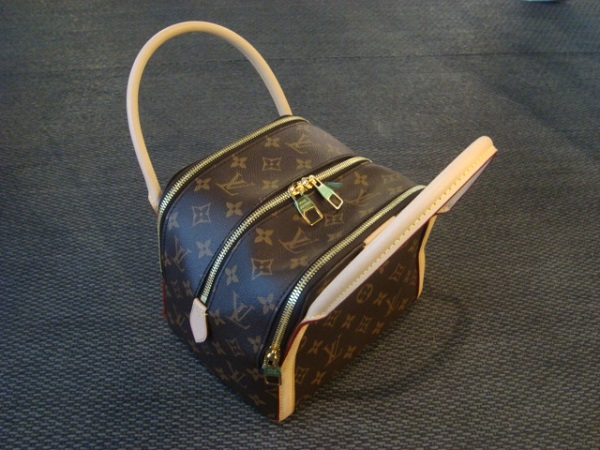 Louis Vuitton Sac Louis Vuitton Marais BB occasion, en vente Ile Saint Louis - Paris